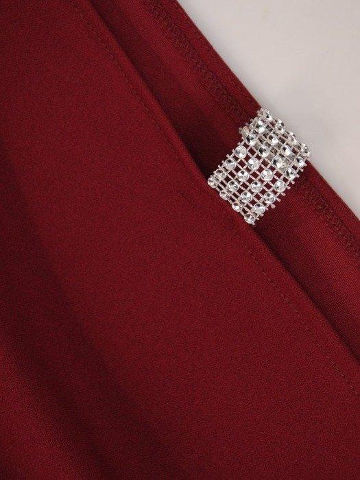 Dzianinowa sukienka z ozdobnymi rozcięciami na rękawach 22817