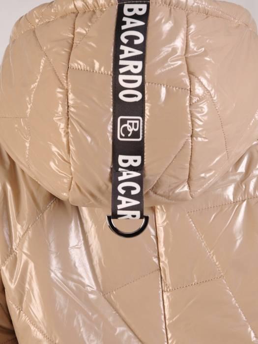 Beżowa połyskująca kurtka zapinana na suwak 27389