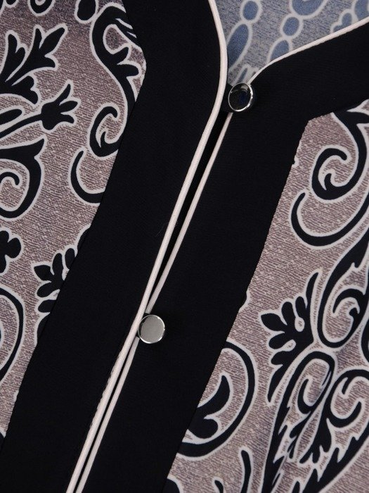 Bluzka z kontrastowymi lamówkami 24963