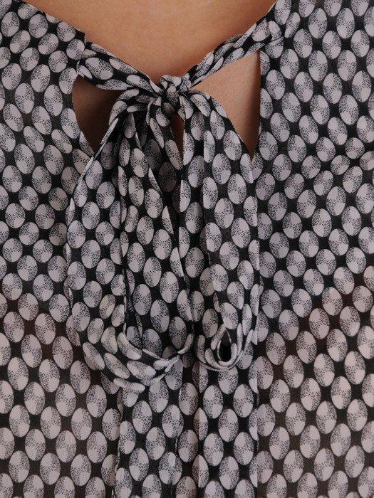 Bluzka z ozdobnym dekoltem Iweta II.