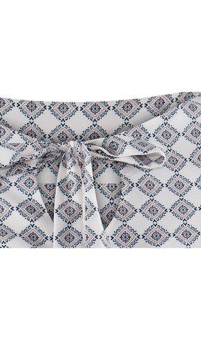 Bluzka z ozdobnym dekoltem Iweta III.