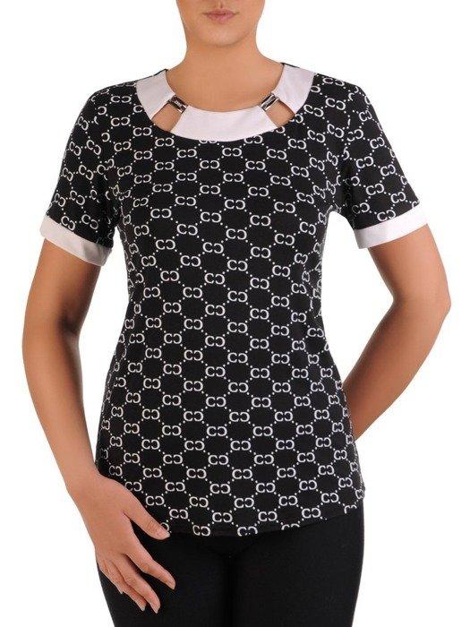 Czarna bluzka z ozdobnym dekoltem 26104