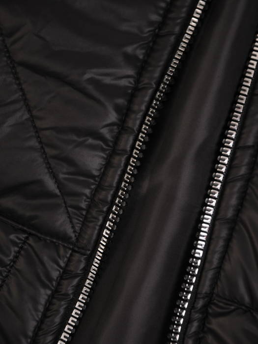 Czarna kamizelka z kapturem 30995