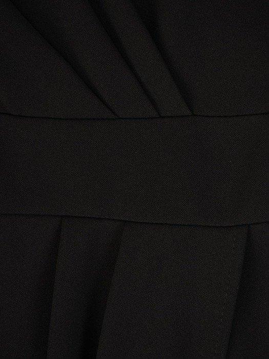 Czarna sukienka z dzianiny, kreacja z kopertowym dekoltem 24097