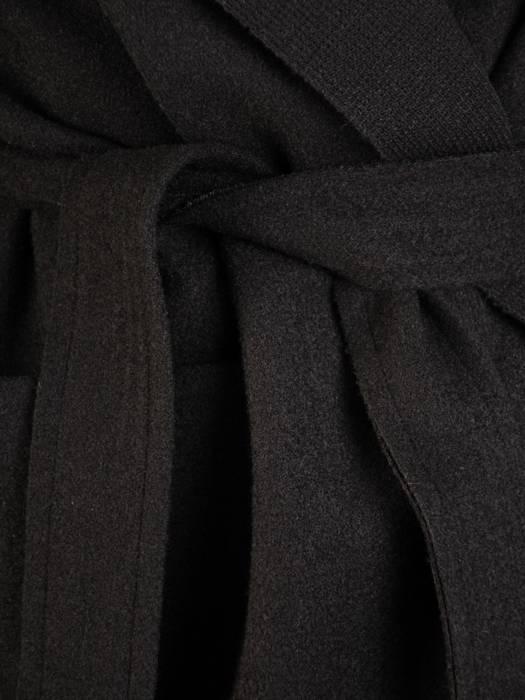 Czarny płaszcz damski wiązany w pasie 28725