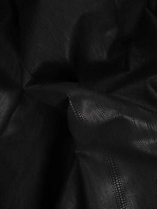 Czarny żakiet damski zapinany na ozdobną haftkę 30655
