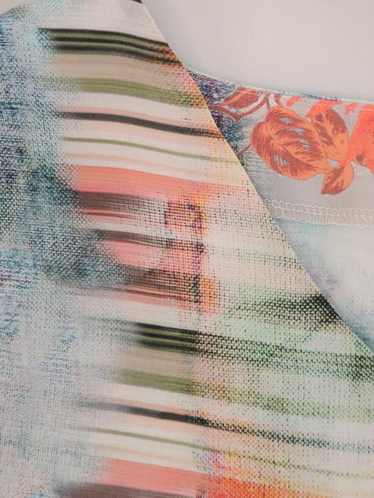 Długa sukienka z modnymi rozporkami, wzorzysta kreacja z wiązaniem w talii 21362