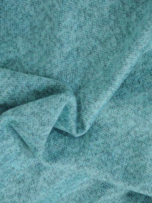 Dzianinowa bluzka z modnym nadrukiem 17845.