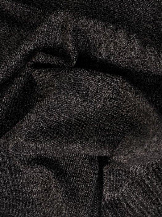Elegancka sukienka z kołnierzykiem Elfryda I, szara kreacja w stylu pensjonarskim