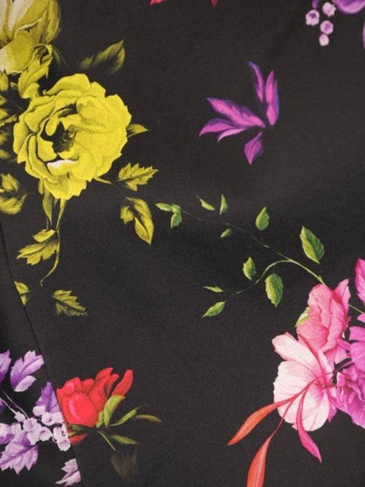 Elegancki płaszcz w kwiaty zapinany na guzik 30363
