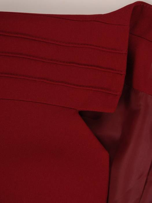 Elegancki żakiet z modnie wyciętym dekoltem 27397