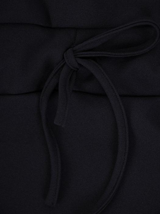 Granatowa sukienka z dzianiny, kreacja z wiązaniem w pasie 22455
