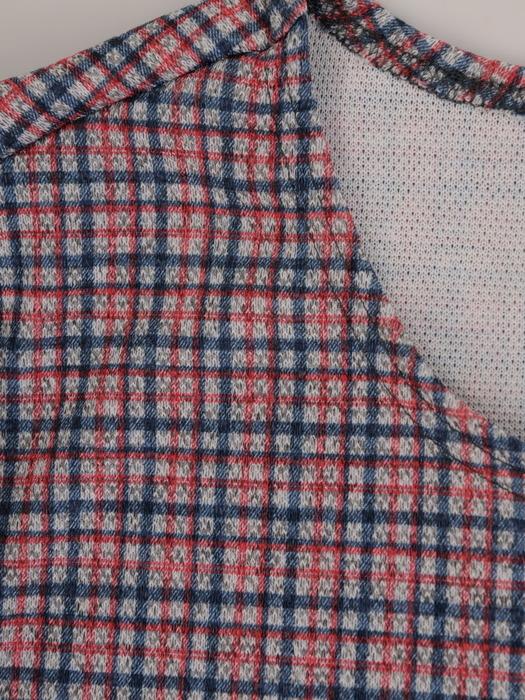 Jesienna sukienka z dzianiny, kreacja w drobną kratkę 22391.