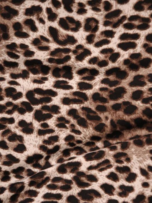 Jesienna sukienka z dzianiny w zwierzęcym wzorze 31085