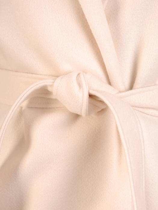 Jesienny płaszcz damski w szlafrokowym fasonie 30659