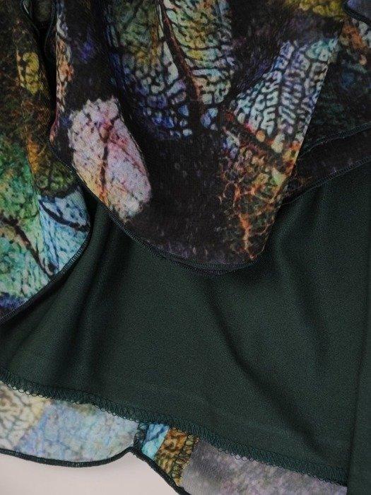 Kopertowa sukienka z falbankami na rękawach 25410