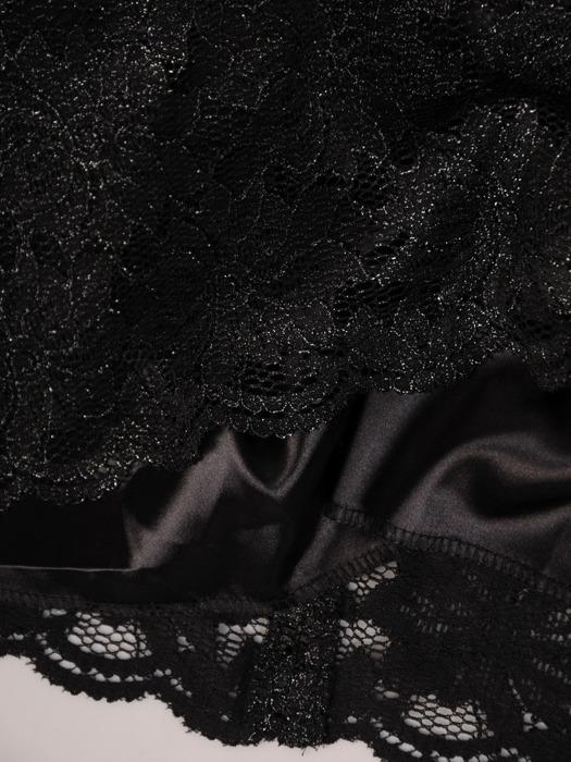 Koronkowa sukienka z ozdobną kontrafałdą, kreacja w kolorze czarnym 21812