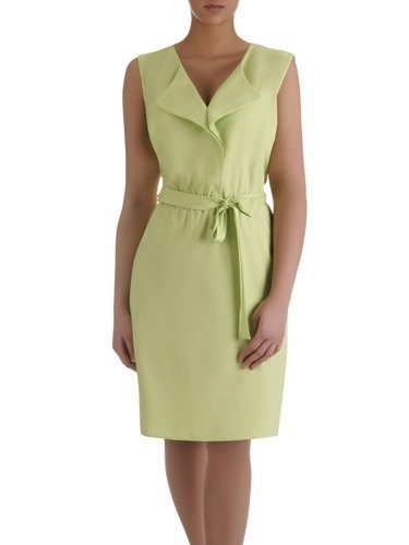 Letnia sukienka z paskiem Terencja I, pistacjowa kreacja z lnu.