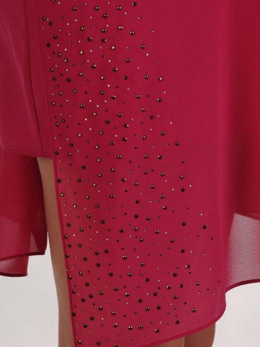 Luźna sukienka z szyfonu wykończona błyszczącymi kamieniami 19299
