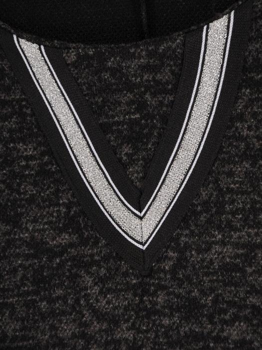 Melanżowa sukienka z geometryczną wstawką przy dekolcie 22332