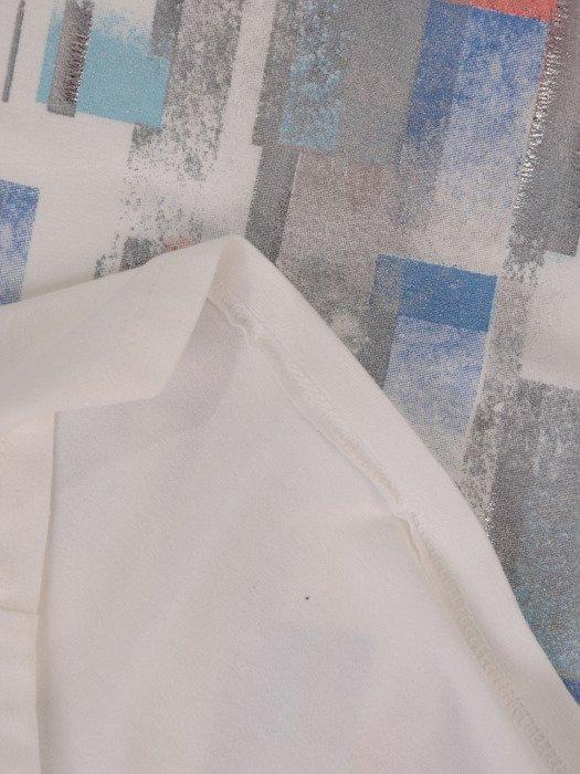 Modna bluzka z abstrakcyjnym nadrukiem 16050.