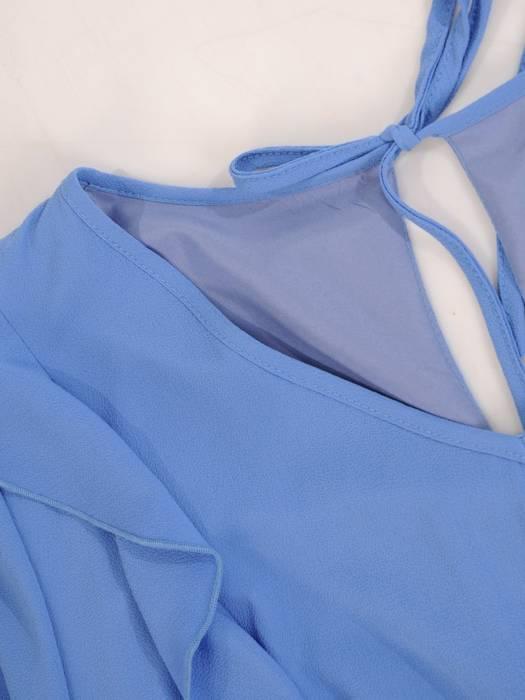 Niebieska sukienka damska, zwiewna kreacja z falbankami 29796