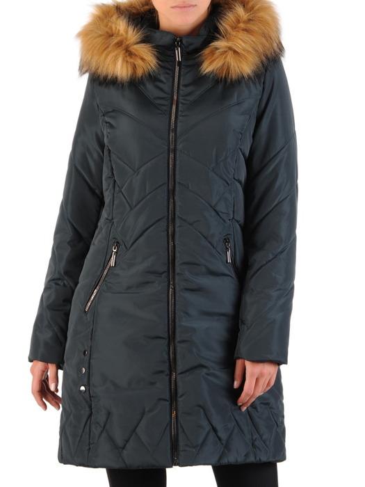 Ocieplany płaszcz wykończony futerkiem 22154.