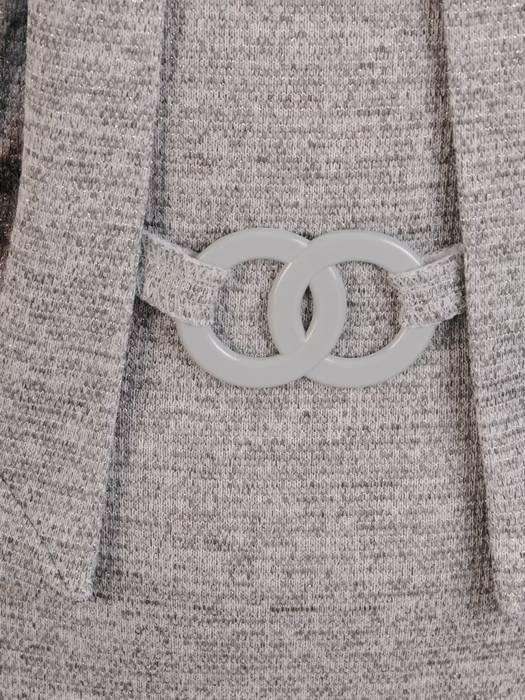 Popielata dzianinowa sukienka, kreacja z imitacją żakietu 28158
