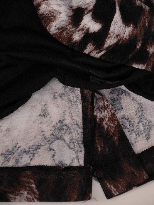 Prosta sukienka w modny, zwierzęcy wzór 17623, jesienna kreacja wizytowa.