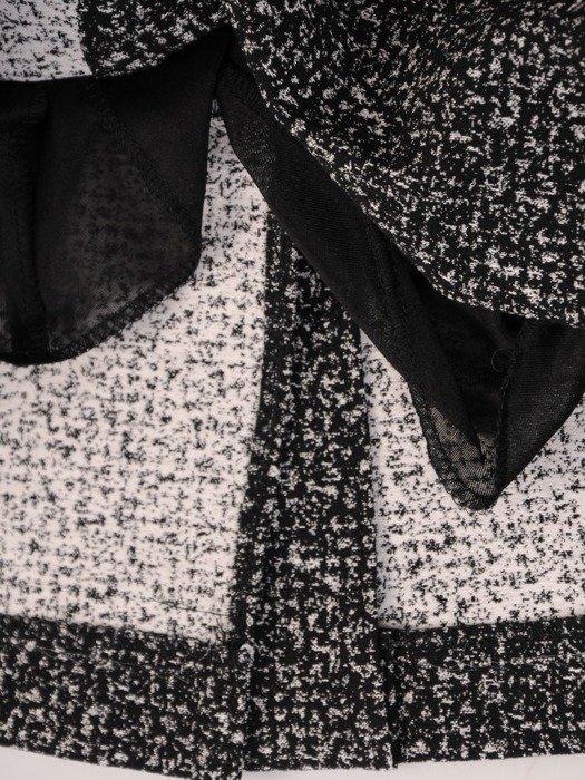 Prosta sukienka z kołnierzem, kreacja w kontrastowych kolorach 24092