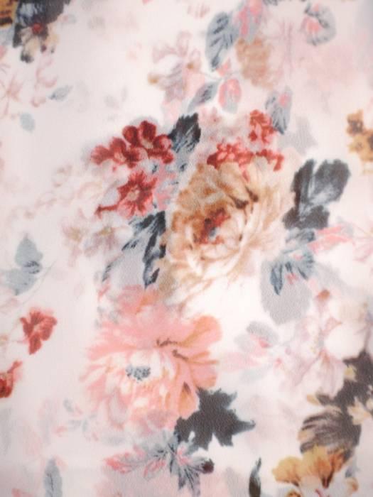 Rozkloszowana sukienka maxi, kopertowa kreacja z szyfonu 29995