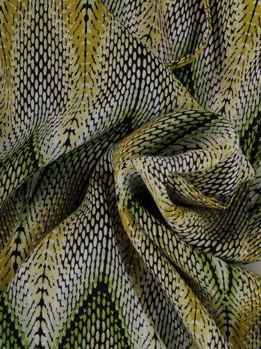 Rozkloszowana sukienka w geometryczne wzorki 15783.