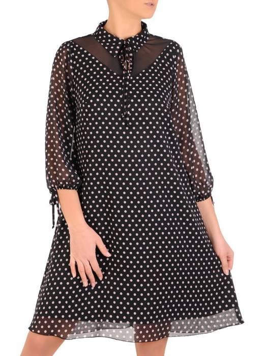 Rozkloszowana sukienka w groszki, kreacja z ozdobnym kołnierzem 28215