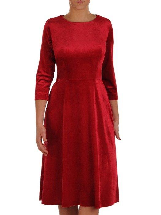 Rozkloszowana sukienka z aksamitu, kreacja w kolorze czerwonym 18954