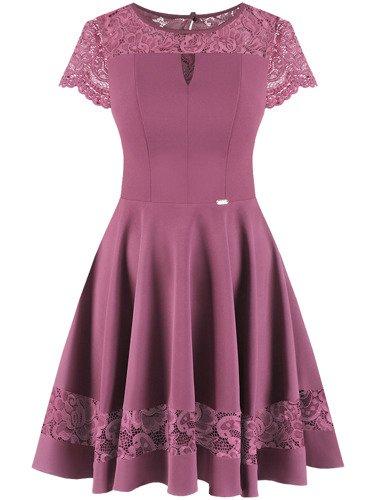 Rozkloszowana sukienka z koronkową wstawką Justyna III, modna kreacja na wesele.