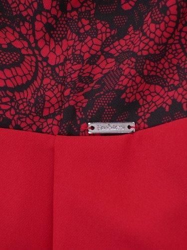 Rozkloszowana sukienka z ozdobnym gorsetem 14337, czerwona kreacja wieczorowa.