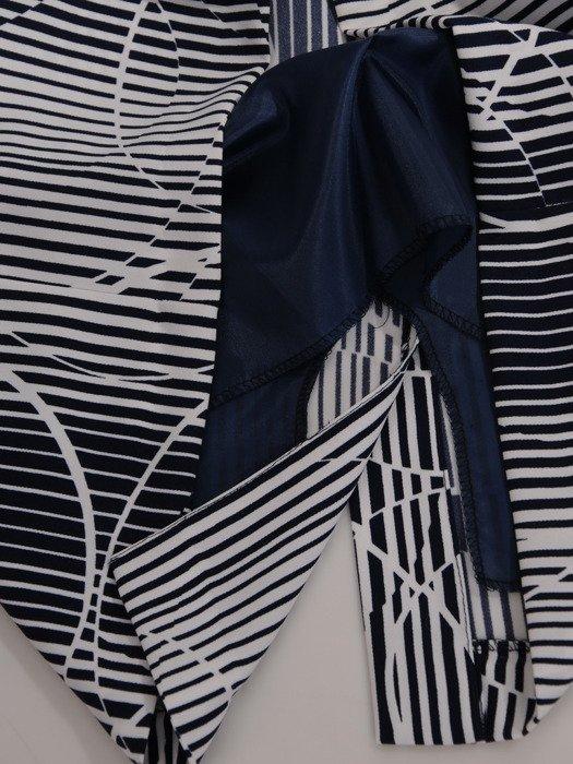 Sukienka damska Abigali, wyszczuplająca kreacja z tkaniny.