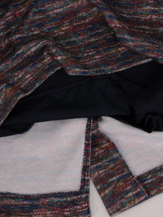 Sukienka damska Krystyna XXV, wyszczuplająca kreacja z kominem.
