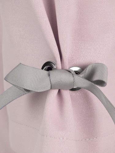 Sukienka damska Lotta III, wiosenna kreacja z modnymi rękawami.