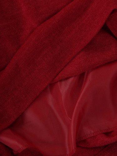 Sukienka damska Sylwena II, prosta kreacja ze zdobieniem na dekolcie.