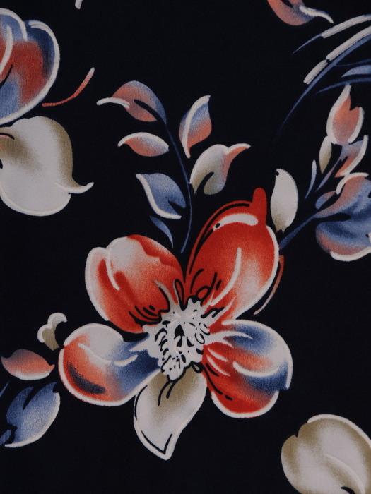 Sukienka damska, granatowa kreacja w kwiaty 20962.