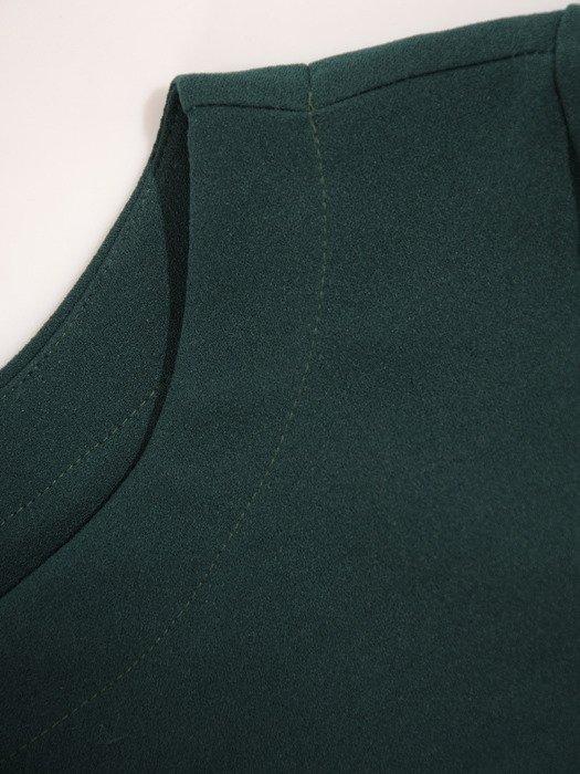 Sukienka dzianinowa Wanda I, modna kreacja z wiązaniem w talii.