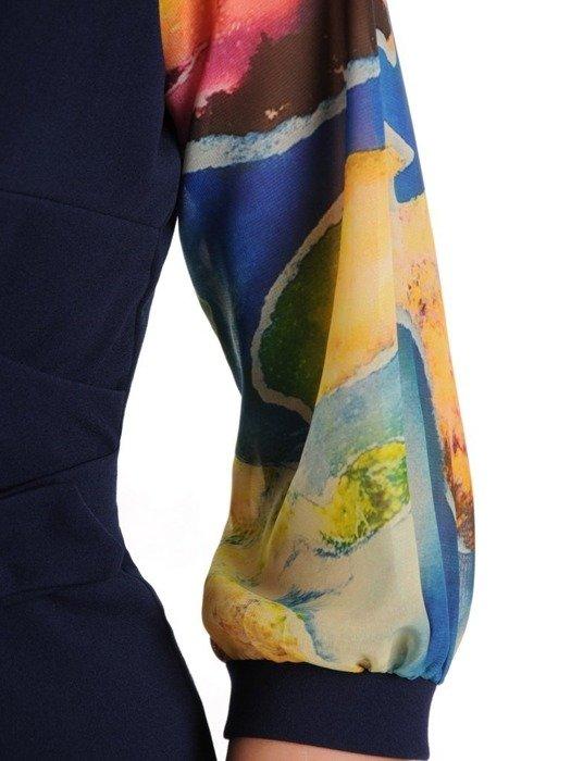 Sukienka kopertowa, granatowa kreacja z ozdobnymi rękawami 25695