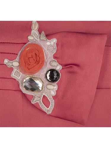 Sukienka na wesele Marianna III, elegancka kreacja z ozdobą w pasie.