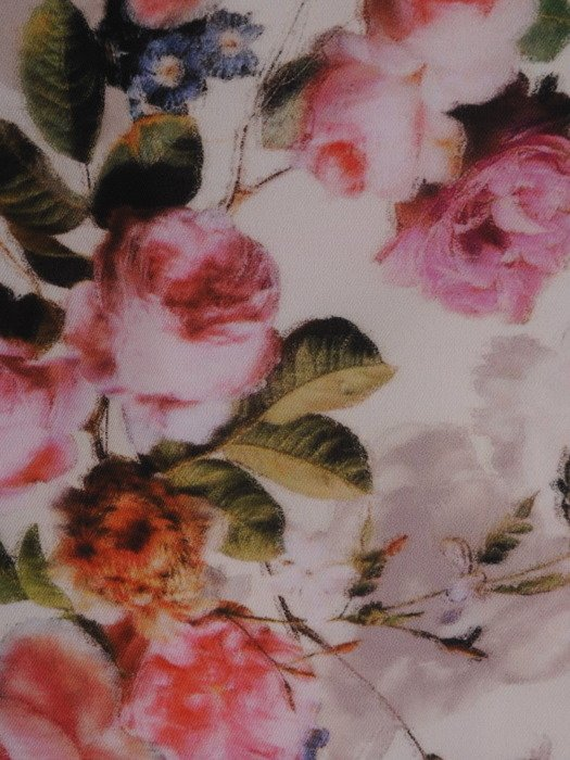 Sukienka tuba Mirona XXII, wyszczuplająca kreacja maskująca brzuch.