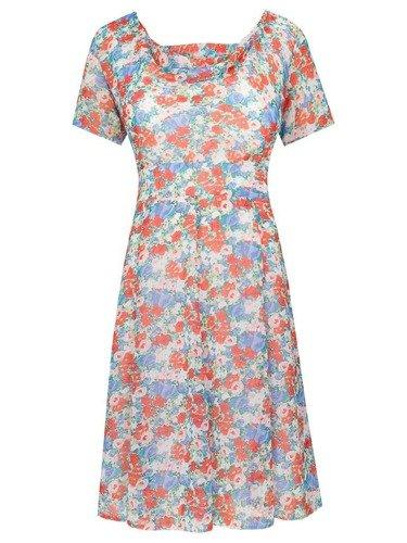 Sukienka w kwiaty Kwiatosława II, zwiewna kreacja z szyfonu.