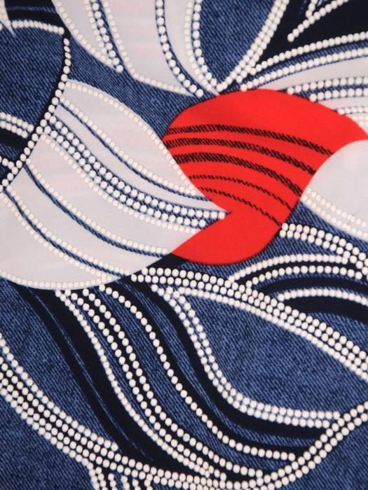 Sukienka w liście, prosty fason z dekoltem w serek 28832