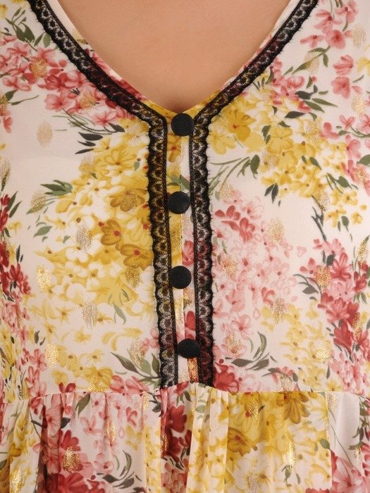 Sukienka w luźnym fasonie, zwiewna kreacja z falbanami 26157