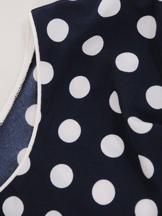 Sukienka wyszczuplająca 2w1 16657, prosta kreacja z luźną narzutką.