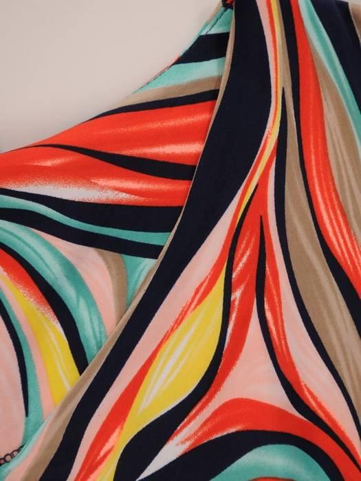 Sukienka z dzianiny, prosta kreacja w oryginalnym wzorze 26400